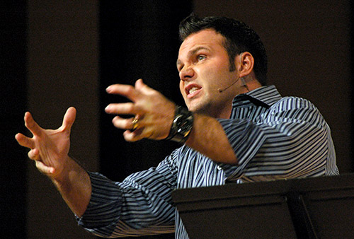 mark driscoll bullshit Meet The Megachurch Pastor Who Conned You Into Buying His Fake NYT Bestseller Book