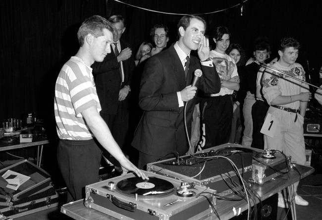 PA 1154642 1989: Prince Edward DJs At A Disco In Basildon, Essex