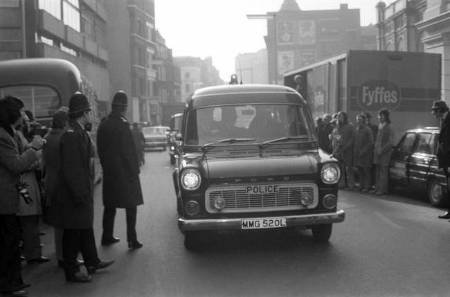 A closed police van, with Ian Ball inside, arrives at Bow Street Court. The unemployed 26-year-old, of no fixed abode, was charged with attempting to murder Princess Anne's bodyguard, Inspector James Beaton, in Pall Mall. 923-Archive-pa165834-13 Ref #: PA.19319680  Date: 21/03/1974