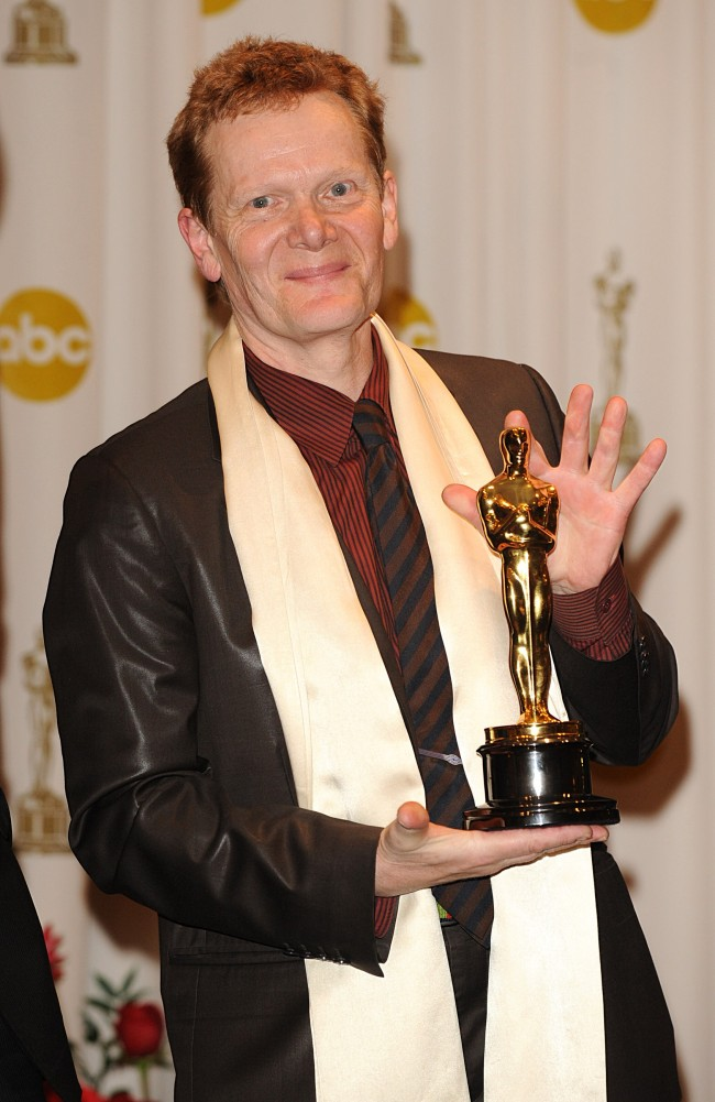 Philippe Petit with the Best Documentary award, received for Man on Wire, at the 81st Academy Awards at the Kodak Theatre, Los Angeles. Ref #: PA.6911955  Date: 22/02/2009