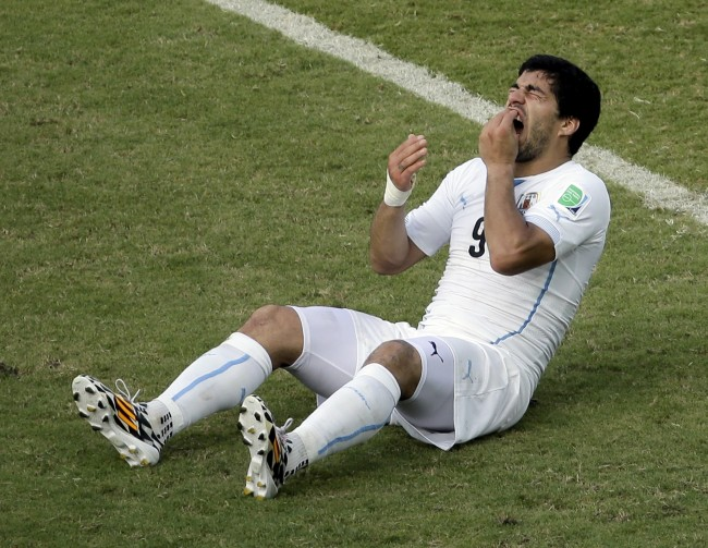 PA 20211045 Hes Not That Kind Of Player: How The Biased English Media Love To Hate Luis Suarez
