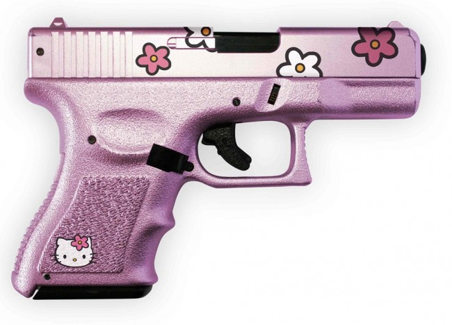 hello-kitty-pink-gun (1)