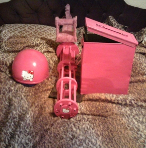 hello-kitty-rotary-gun