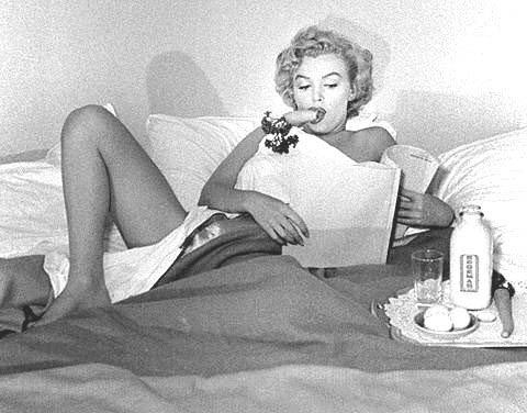monroe skinny Feast And Famine: Marilyn Monroe Was Not Some Porky Lardbucket, She Was Tiny