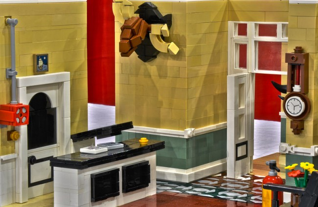 Fawlty Towers lego 1