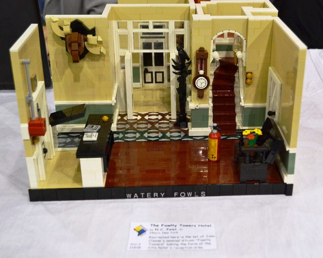 Fawlty Towers lego 2