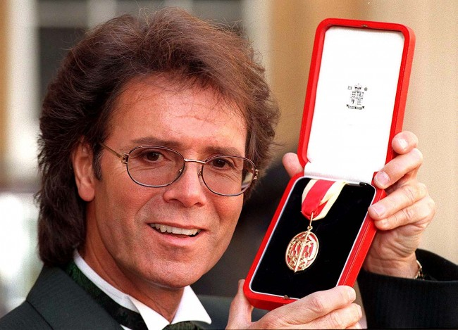 Cliff richard police