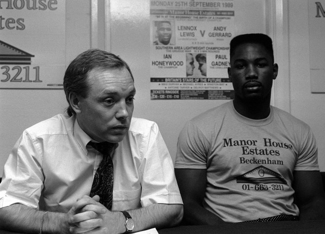 Olympic and Commonwealth Heavyweight Gold Medalist Lennox Lewis (right) with his promoter Frank Maloney at a press conference at Scribes wine bar in London, to announce Lewis' upcoming fight with Andy Gerrard. * 7/11/01: Former World Heavyweight Champion Lennox Lewis (right) with his promoter Frank Maloney at a press conference at Scribes wine bar in London. Lennox Lewis has parted company with his long term manager Frank Maloney. Lewis is currently in training for his re-match against Hasim Rahman.  Ref #: PA.1363045  Date: 07/09/1989