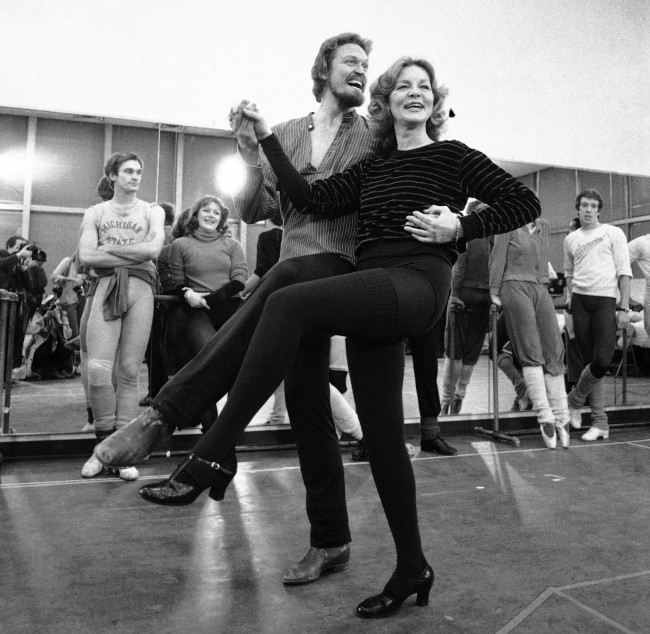 "This Jan. 14, 1981 file photo shows actress Lauren Bacall rehearsing with Eivind Harum, for the musical ""Woman of the Year,"" in New York. Bacall, the sultry-voiced actress and Humphrey Bogart's partner off and on the screen, died Tuesday, Aug. 12, 2014 in New York. She was 89. (AP Photo/Suzanne Vlamis, File)"