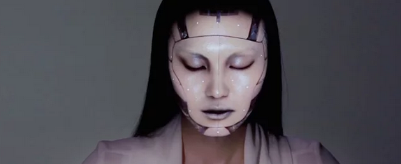 Screen shot 2014 08 19 at 07.34.30 Video: Electronic Makeup Completely Transforms This Models Face