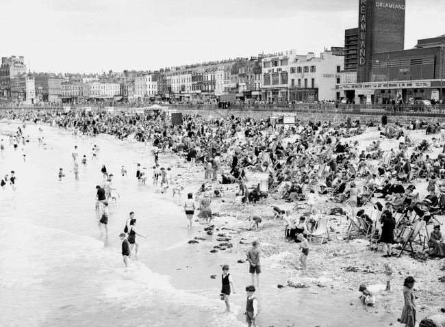 The beach front at Margate showing the crowds of holiday makers. Ref #: PA.7548773  Date: 31/07/1946