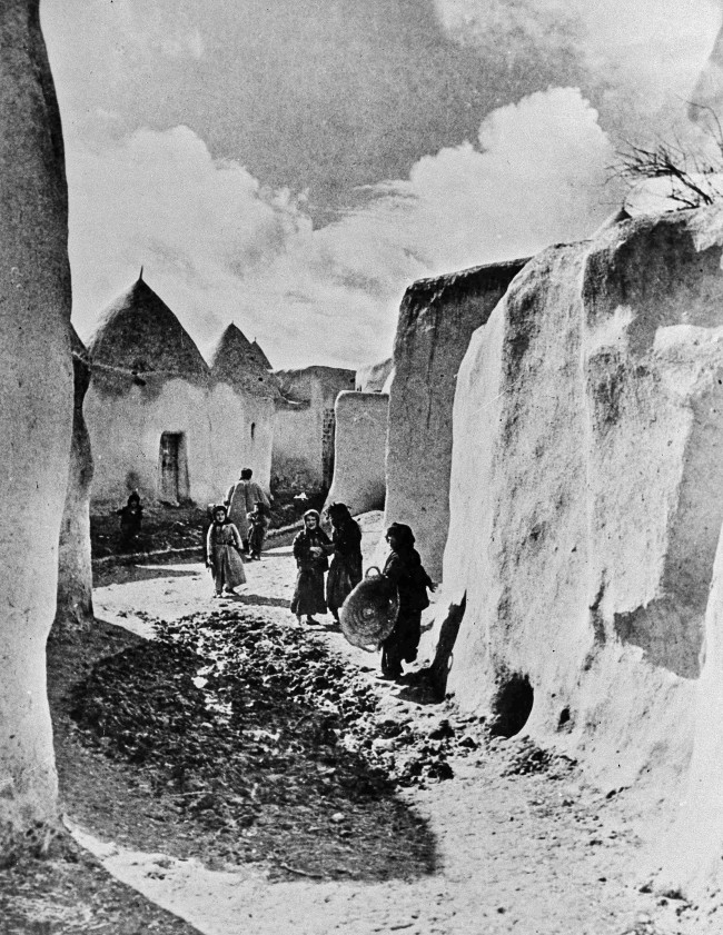 This is a typical scene in the ancient northern Syrian town of Talbeseh, in 1936. (AP Photo)