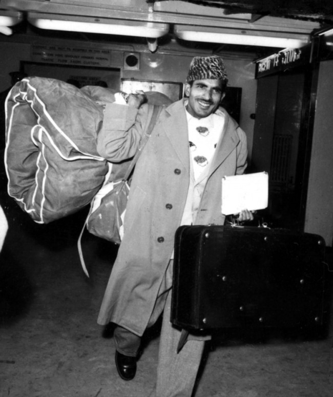All Pakistanis - like this one pictured with his luggage at Heathrow Airport - were automatically referred to the heallth unit by Port Health officials who were checking on all passengers on direct flights from Karachi and Dusseldorf - the two areas where there are smallpox cases. Date: 15/01/1962