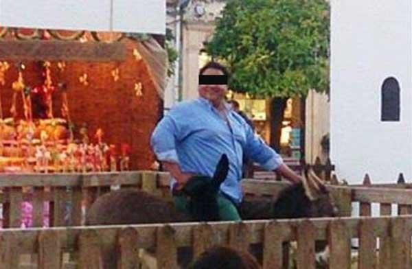 fat jesus Fat Mary squashes nativity donkey to death