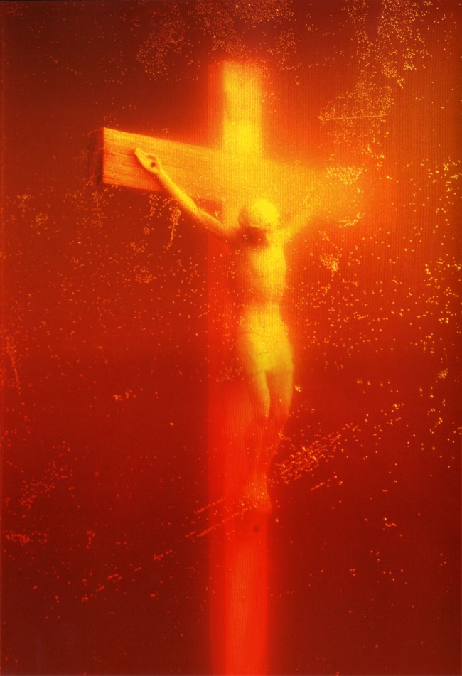 Piss_Christ_by_Serrano_Andres