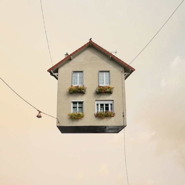 Flying-Houses4