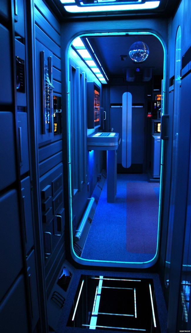 Star Trek flat