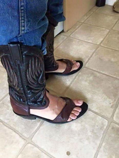 cowbpy sandal