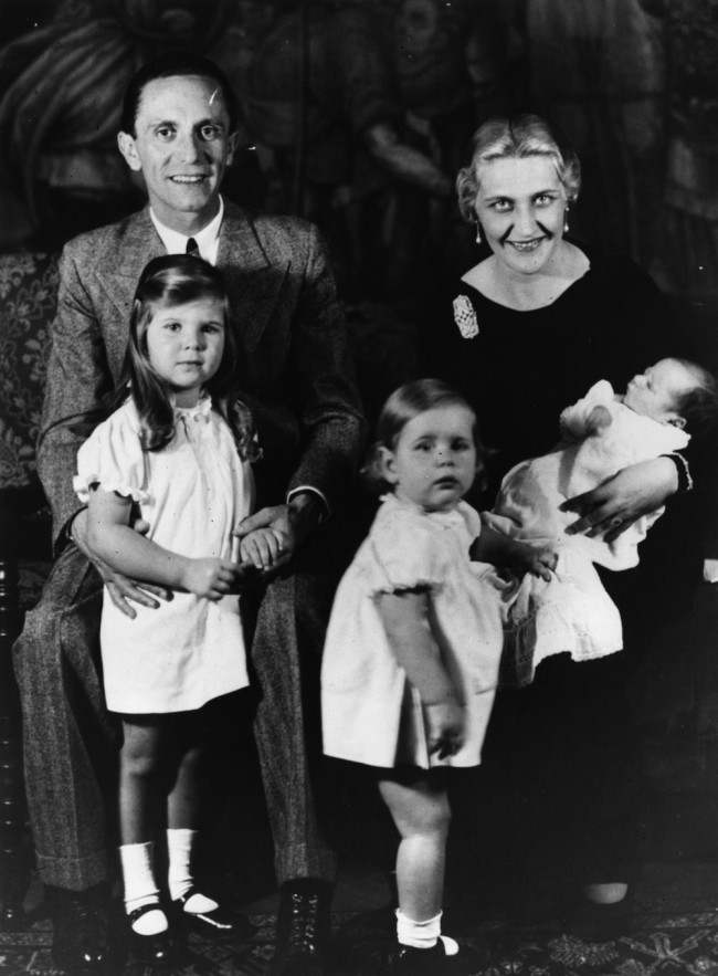 7th November 1935:  German Nazi politician and minister of propaganda Paul Joseph Goebbels (1897 - 1945) with his wife and children.  (Photo by Fox Photos/Getty Images)