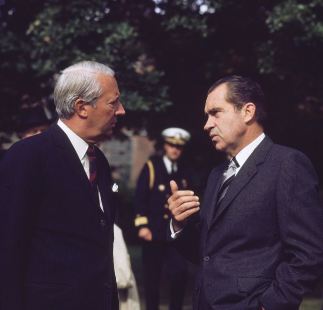 October 1970:  British prime minister Edward Heath chatting with US president Richard Nixon (1913 - 1994) at Chequers in Buckinghamshire, the official country residence of the British PM.  (Photo by Fox Photos/Getty Images)