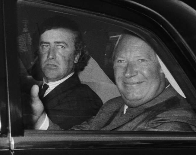 British Prime Minister Edward Heath (1916 - 2005) arrives at the Houses of Parliament after the summer recess, accompanied by his Parliamentary Private Secretary Timothy Kitson, 22nd September 1971. (Photo by Mike Lawn/Fox Photos/Getty Images)