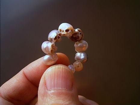 pearl skulls 5