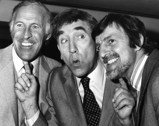 5th March 1981: Television personalities (left to right); Bruce Forsyth, Frankie Howerd (1921 - 1992) and Jimmy Hill together during a Variety Club dinner in honour of Frankie Howerd's showbiz anniversary and birthday. (Photo by Simon Dack/Keystone/Getty Images)