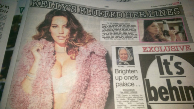 Kelly BRook naked strip