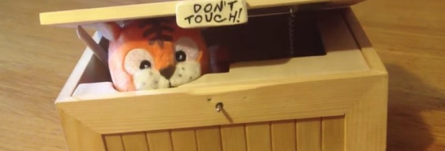 DON'T TOUCH!!! BOX