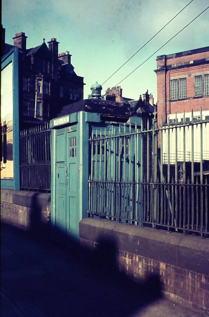 Glasgow-1976-Police-box-676x1024