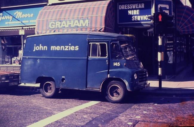 Menzies-van-Glasgow-1976-1280x843
