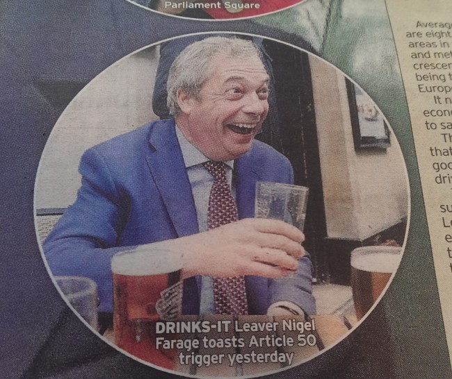Farage pint daily Mirror