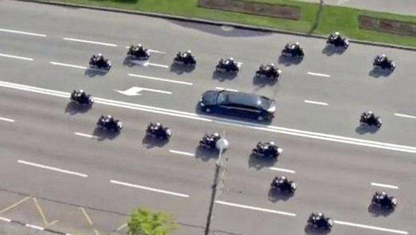 Donald trump motocade