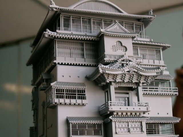 a model of the bath house fromHayao Miyazaki's 2001 movieSpirited Away