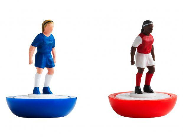 subbuteo-women game