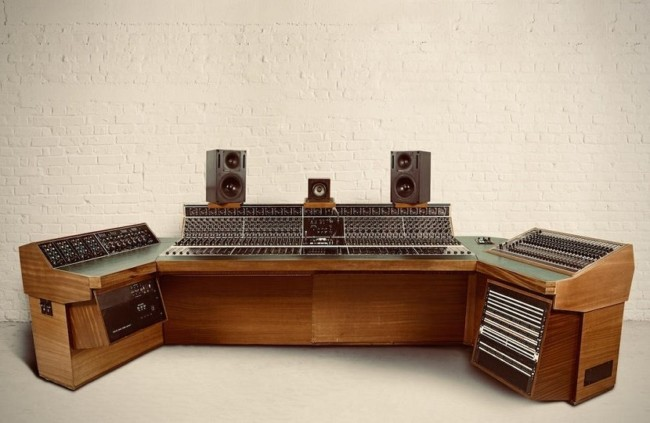 Recording console led zeppelin