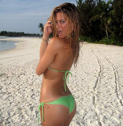 bar refaeli si swimsuit. BAR Refaeli is spotted in