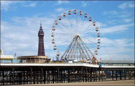 blackpool_tower_from_beach4_470x300