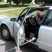 blind-man-car