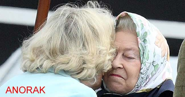 camilla queen kiss Camilla And Queen Elizabeth Windsor Horse Show Kiss Off (Photo)