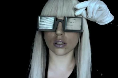gaga blind Lady GaGa Makes 11 Million Teenagers Go Blind In 24 Hours Says BBC