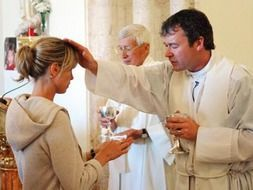 kate-mccann-priest.jpg