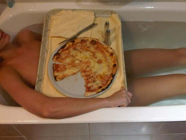 katy-perry-twitter-pizza