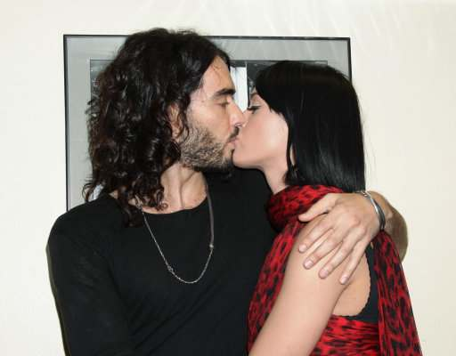 Anorak | Russell Brand and Katie Perry\'s Wedding Photos