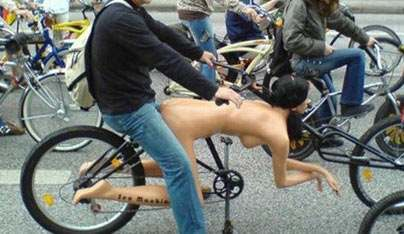 Sex On Bicycle In Pictures 118