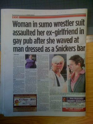 snickers sumo Gay Sumo Wrestler Assaulted Woman Who Waved At Man Dressed As Snickers