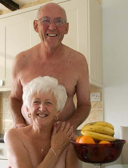 older swinging couples