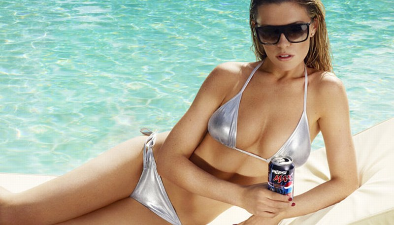 abbey-clancy-bikini-pepsi-1