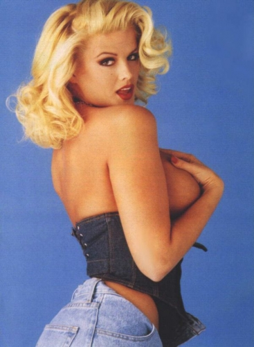 0045-anna-nicole-smith