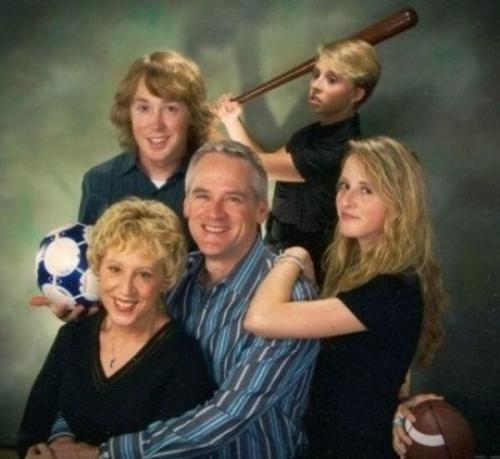 awkward_family_05